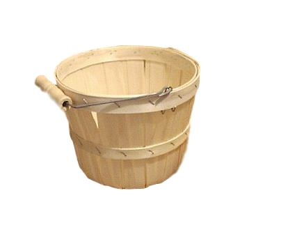 wooden quarter peck baskets