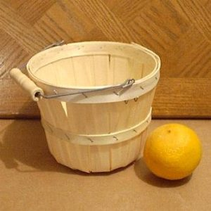 wooden 1 quarter peck baskets