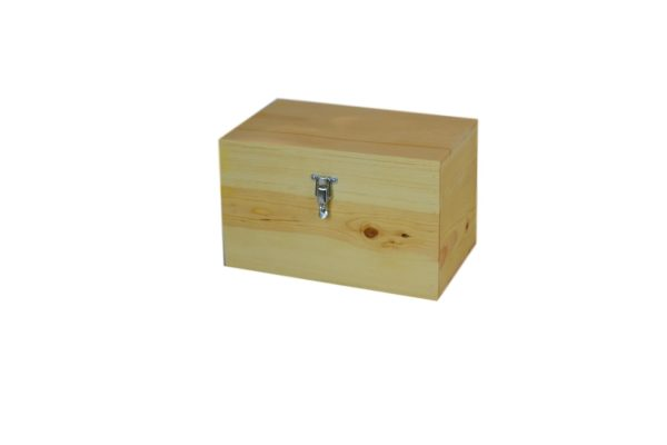 wooden hinge top chest