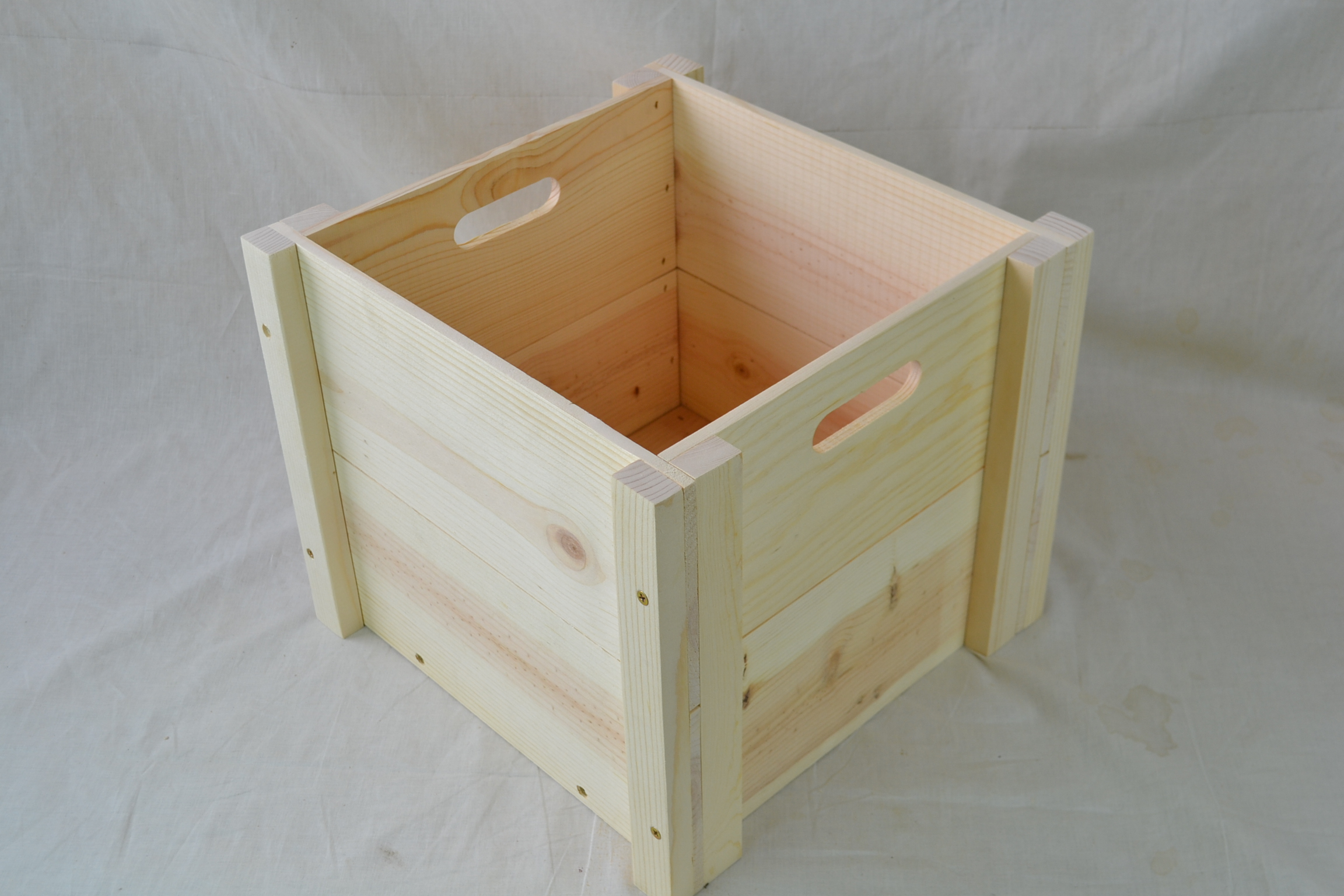 Wholesale Wooden 14X14X12 Crate With Hand Holes Knockdown Style (Qty5)
