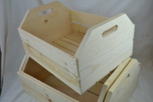 Large 3 piece wooden hand hole nesting crates end