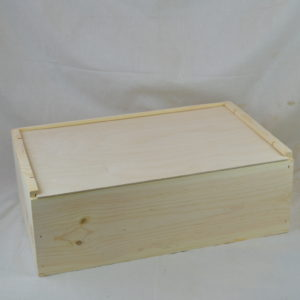 wooden 12 bottle wine box lid closed