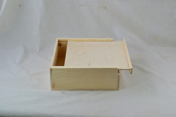 wooden slat pull box