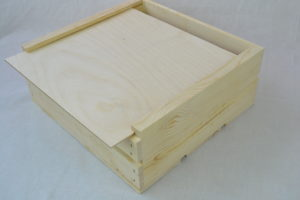 wooden crate 11x11x4 angle view
