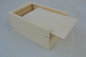 Small wholesale wooden boxes lid open